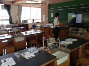 清水北小学校での天たつ天野準一のアントレキッズは今回理科室で行いました