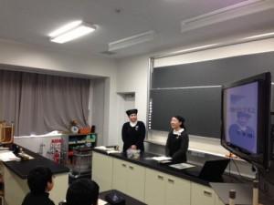 春江中学校での職業別選択講座天たつの講師の一人目の錦古里さん。しっかりと仕事のやりがい、メッセージを伝えていただきました